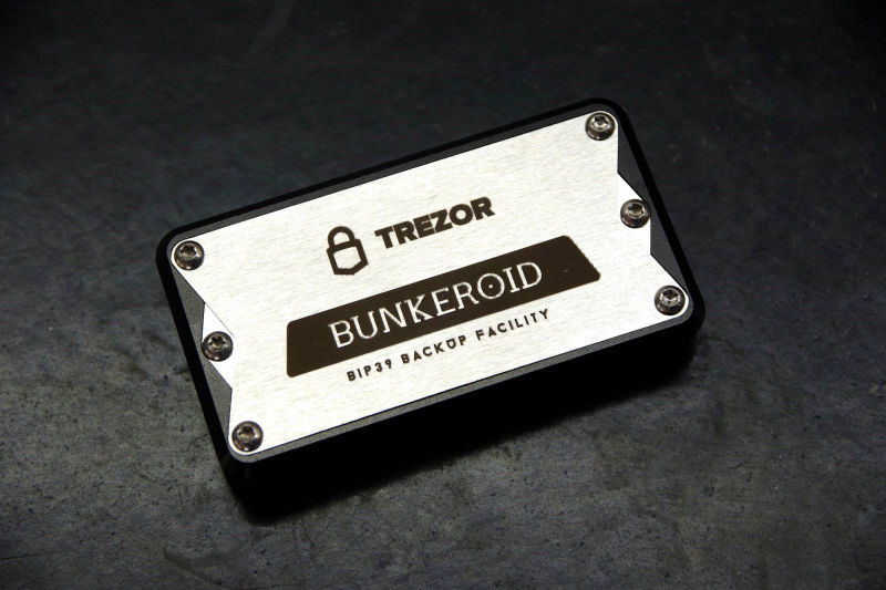 Bunkeroid - front side